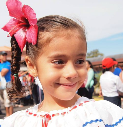 Monteverde Friends School student dressed up for Costa Rica Independence Day parade