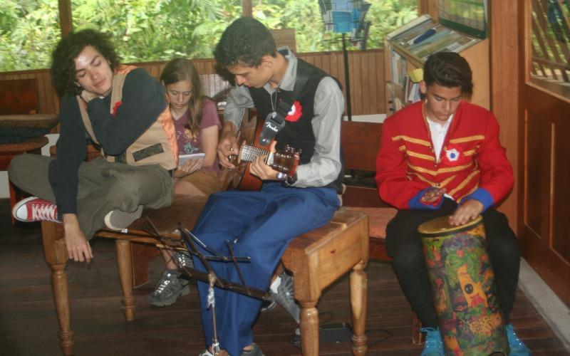 Summer Camp in Monteverde - music even during breaks