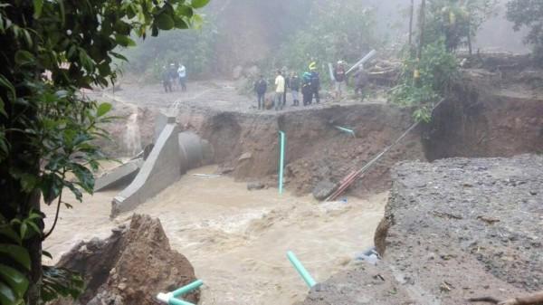 Landslide1b